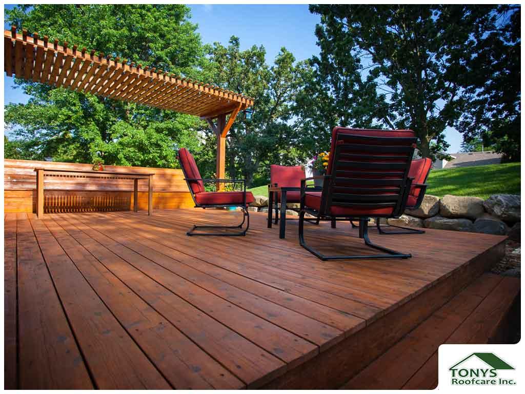 5 Advantages of a Multi-Level Deck Design